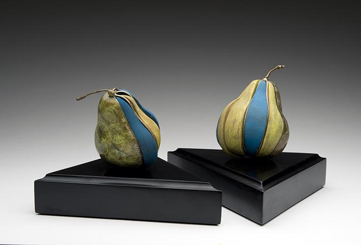 Loloma Pears