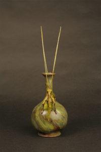grasshopoper-vase-3